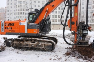 Burovaja ustanivka Geax EK90 dlja ustroystva buronabivnih svai